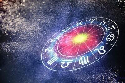 Астрологи назвали знаки Зодиака, у которых есть все шансы разбогатеть в октябре