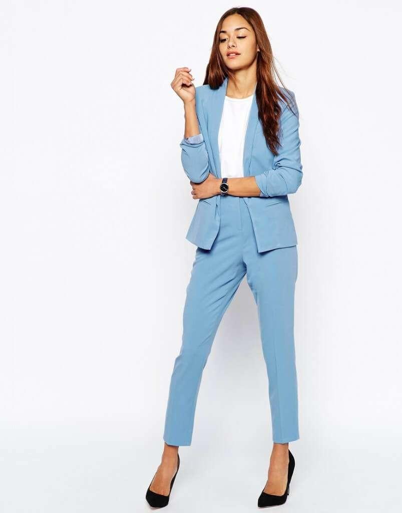 ТОП 10 женских деловых костюмов