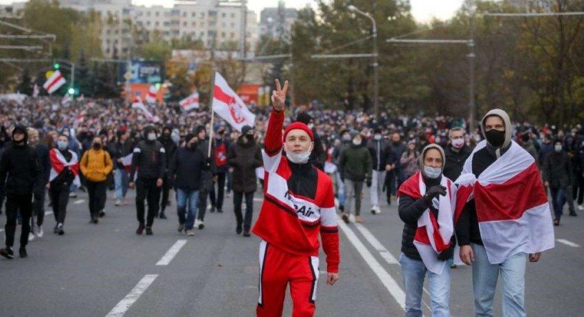 В Беларуси продолжают оказывать давление на отставку Лукашенко на фоне вырисовывающегося ультиматума оппозиции