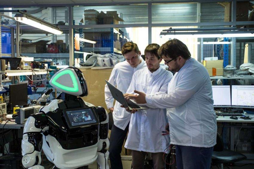 В России открыли первую в стране лабораторию для изучения робототехники «на удалёнке»