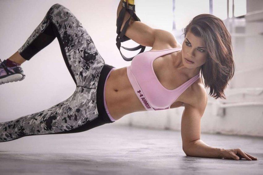 ТОП 10 костюмов для занятий фитнесом и спортом