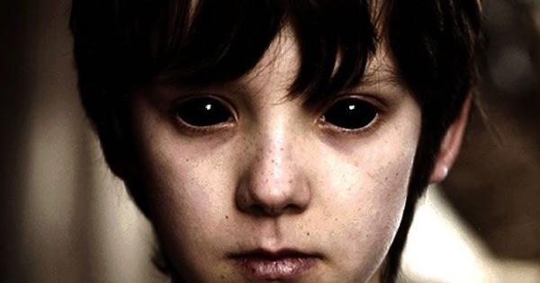 Дети с Черными глазами: Темные существа или просто больные беспризорники? - Паранормальные новости