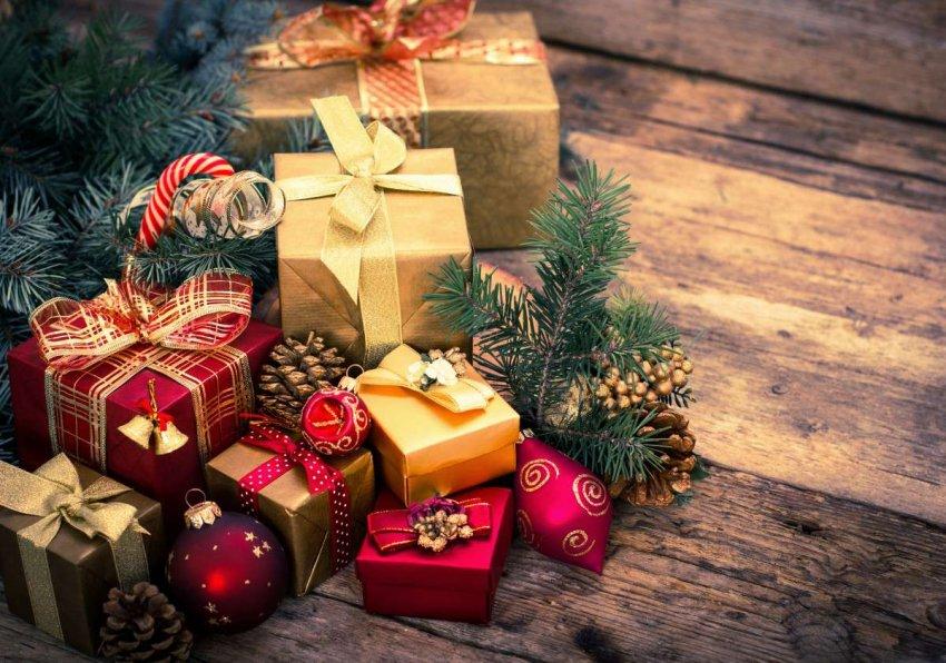 ТОП-10 популярных Новогодних подарков 2020 года