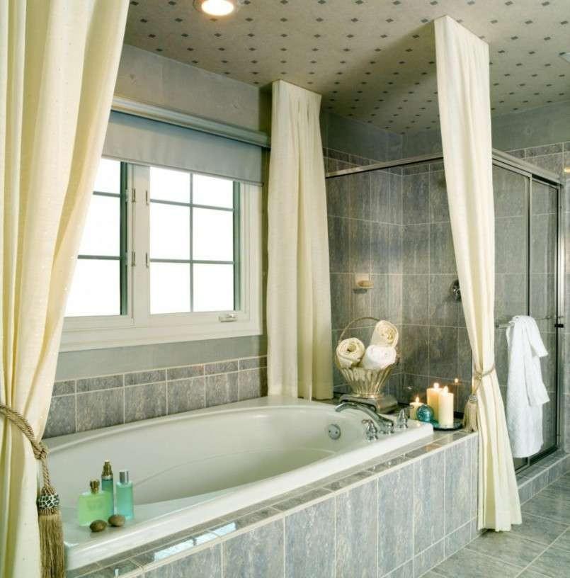 ТОП-10 популярных штор для ванной