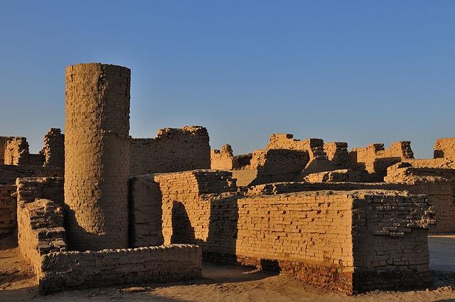 6 правдоподобных и фантастических версий гибели древнего города Мохенджо-Даро - Паранормальные новости