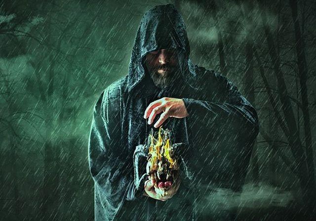 Пленники темных сил: История из Шотландии 17 века, где сожгли людей, живущих в доме с полтергейстом - Паранормальные новости