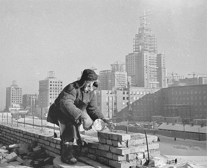 Квартирный вопрос: когда больше строили жилья, при СССР или сейчас