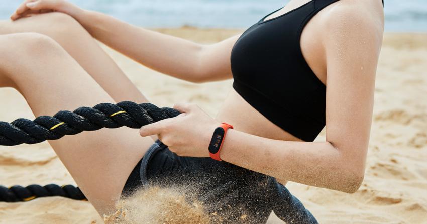 ТОП-10 лучших фитнес браслетов: Выбираем вместе!