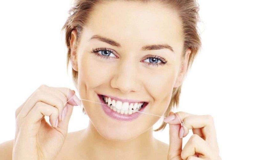 Обзор популярных зубных нитей: ТОП-10
