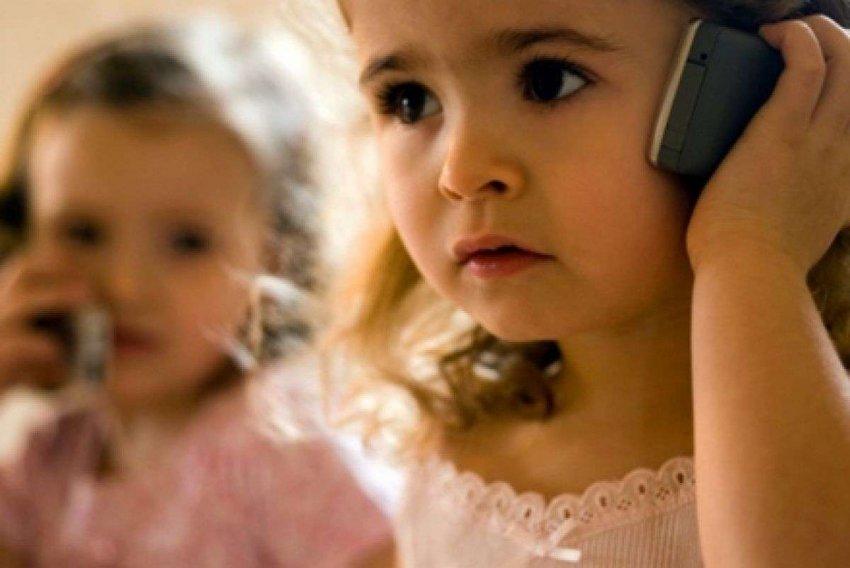 Обзор ТОП-10 лучших смартфонов для детей