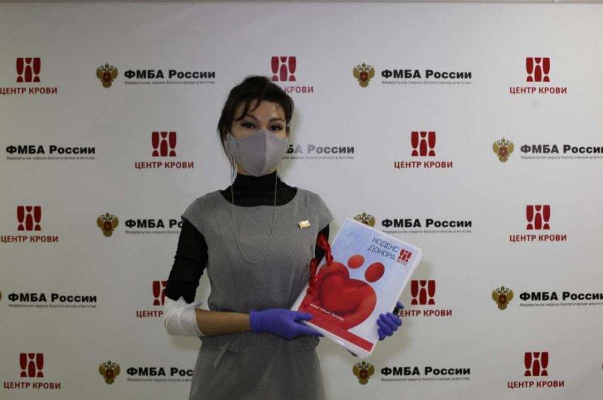 В Москве прошла акция по сдаче крови с участием известных артистов и блогеров