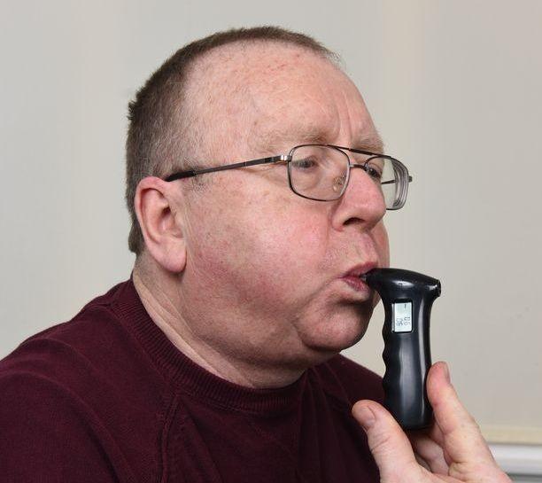 Напился, съев торт: Редкая аномалия мужчины превращает углеводы в алкоголь - Паранормальные новости