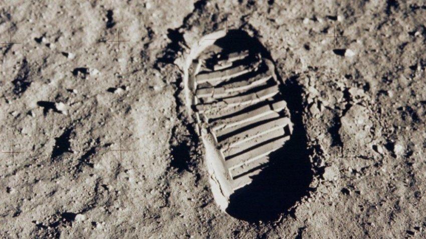 Жертвы первой высадки на Луну
