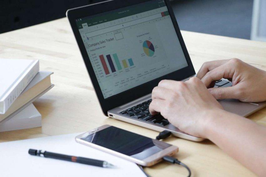 ТОП 10 лучших ноутбуков до 40000 рублей