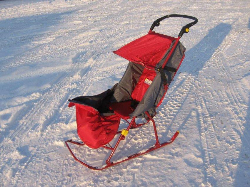 Рейтинг ТОП-10 популярных моделей санок-колясок для детей