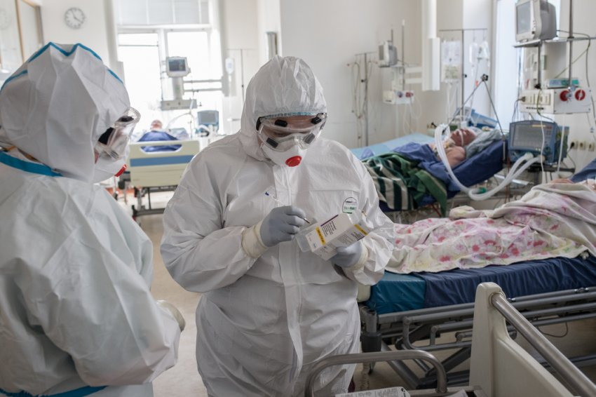 Минздрав продлил мораторий на аккредитацию врачей в 2021 году