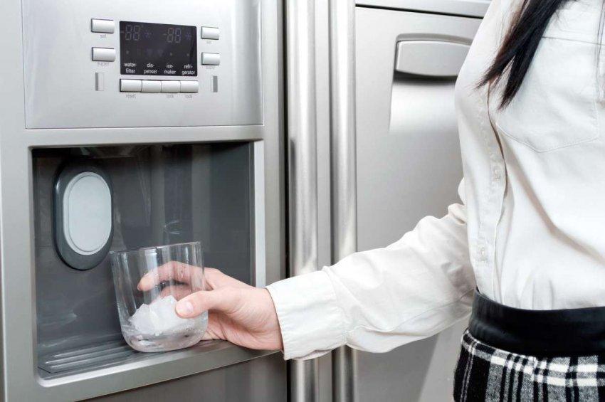 Холодильники с генератором льда. Топ лучших предложений