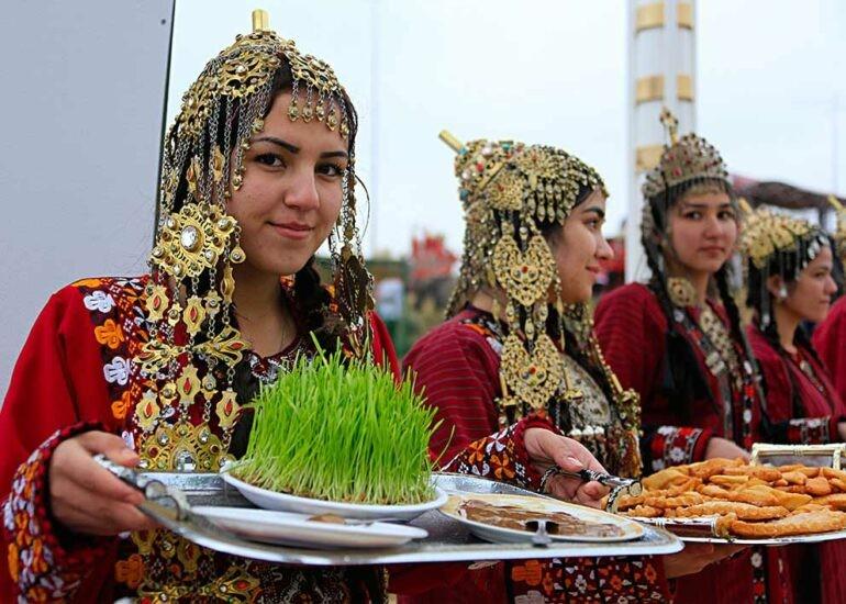 Навруз-2021: история и традиции праздника