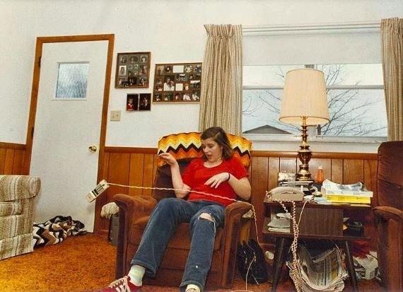 Тина Реш - девушка, вокруг которой летали тарелки и телефоны - Паранормальные новости