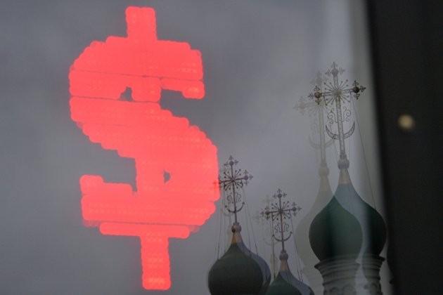 Эксперты объяснили, почему курс доллара растет