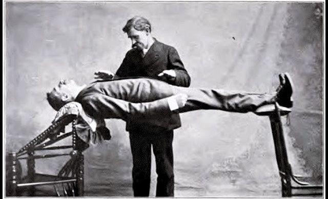 Можно ли умереть из-за гипноза? Да, и такой случай уже происходил - Паранормальные новости