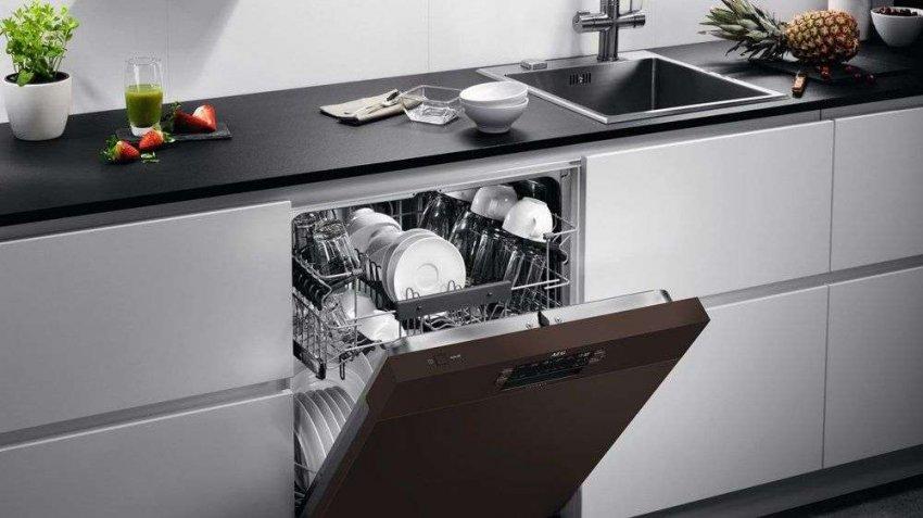 Обзор самых надежных посудомоечных машин