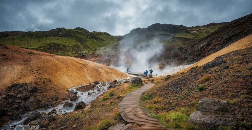 Исландию потрясла серия из 20000 землетрясений. Есть ли риск извержения вулканов?