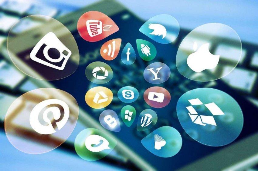 Слишком много социальных сетей может нанести вред, но это не вызывает привыкания
