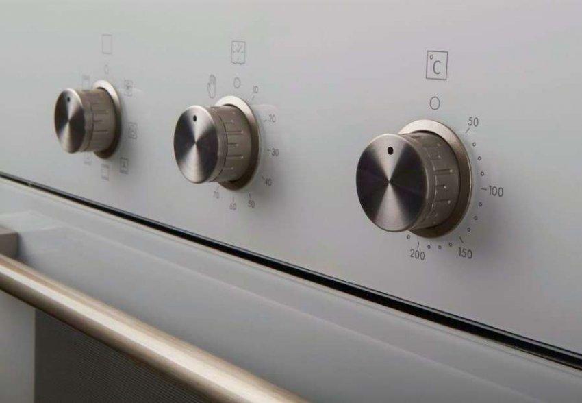 ТОП 10 духовых шкафов с поворотными переключателями