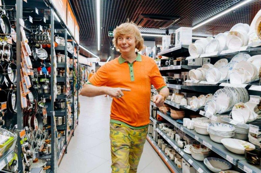 В городе Сочи Андрей Григорьев-Апполонов презентовал новый магазин «Рыжий»