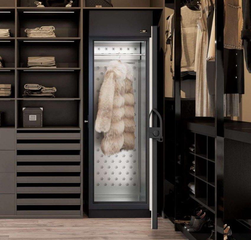 Холодильные шкафы с электронным типом управления. Топ лучших предложений