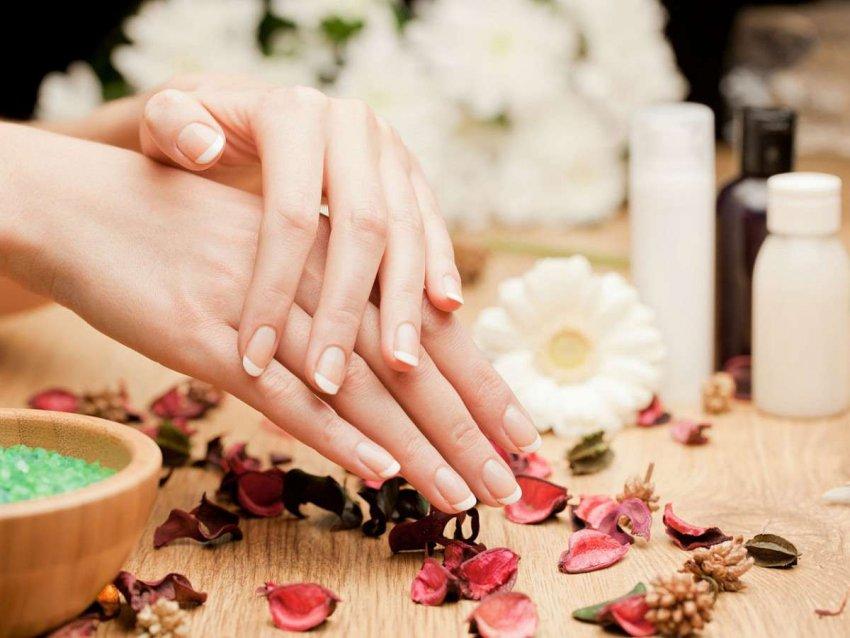 ТОП-10 популярных средств для ухода за вашими ногтями