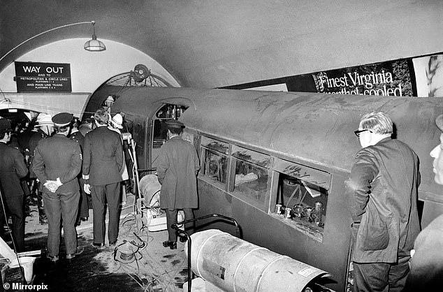 Таинственная авария в лондонском метро в 1975 году, когда машинист застыл в трансе - Паранормальные новости