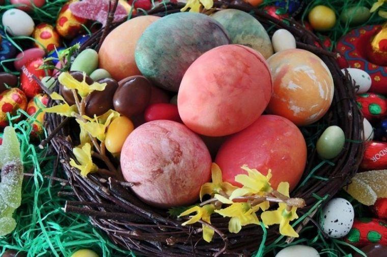 Какого цвета должны быть пасхальные яйца, символика и значение