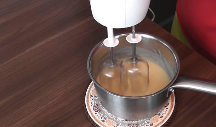 Глазурь для пасхальных куличей: выбраны 6 лучших и простых рецептов