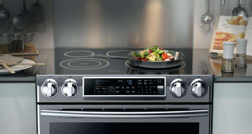 Электрические кухонные плиты Electrolux. Топ лучших предложений