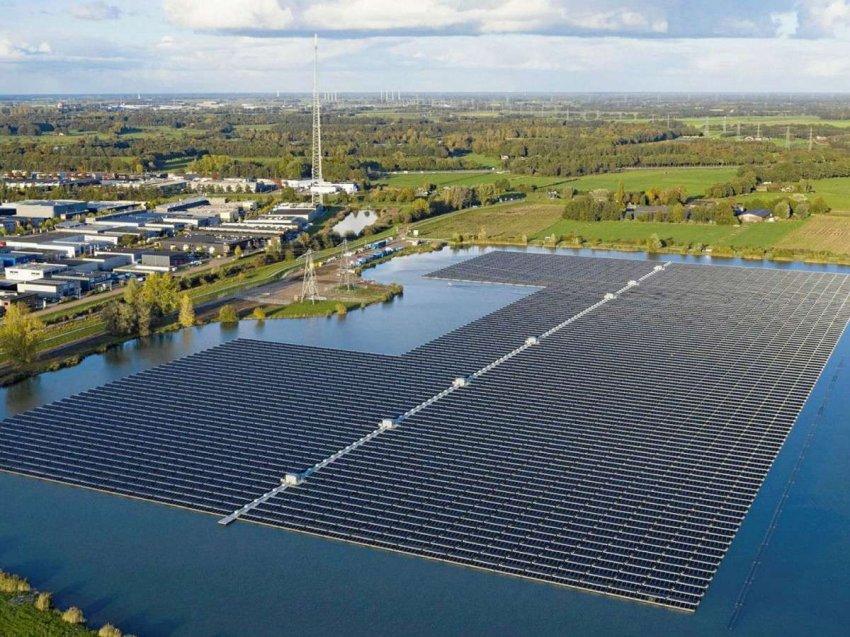 Плавучие солнечные фермы могут охладить озера, которым угрожает изменение климата