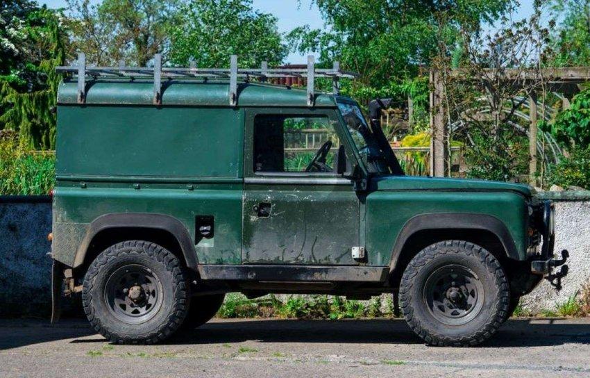 Похоронный катафалк принца Филиппа – модифицированный Land Rover Defender – символ новаторской и практичной Британии