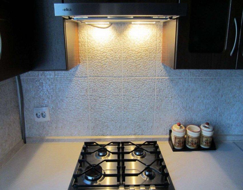 Кухонные вытяжки со светодиодной подсветкой. Топ лучших предложений