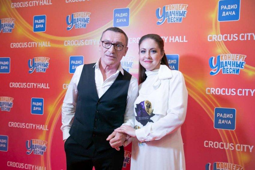 Хиты Михаила Гуцериева прозвучали на концерте «Удачные песни»