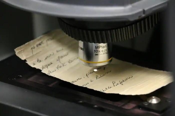 На канадском пляже нашли письмо в бутылке, вероятно отправленное с «Титаника» - Паранормальные новости