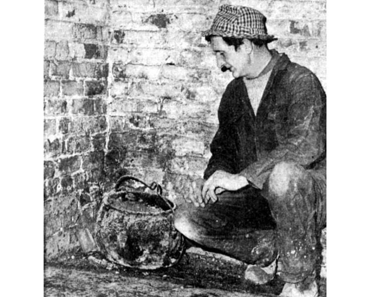 Проклятый котелок заперли в подвале на десятки лет после того, как он убил трех человек - Паранормальные новости