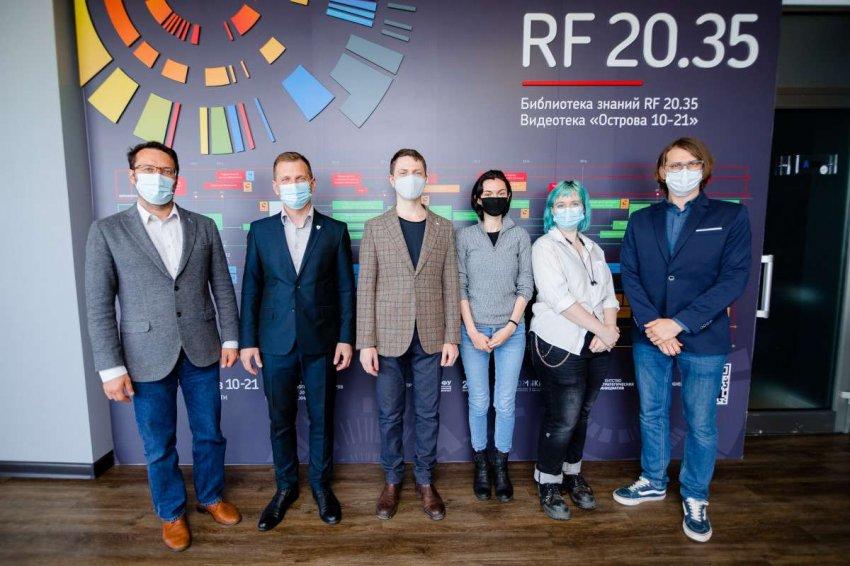 Студенты ДВФУ будут создавать человекоподобных роботов-двойников