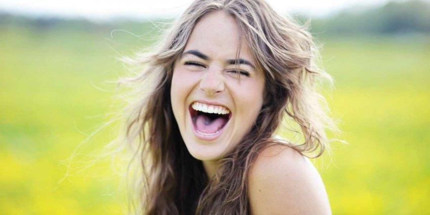 Смех в условиях изоляции: почему комедия важна во время кризиса