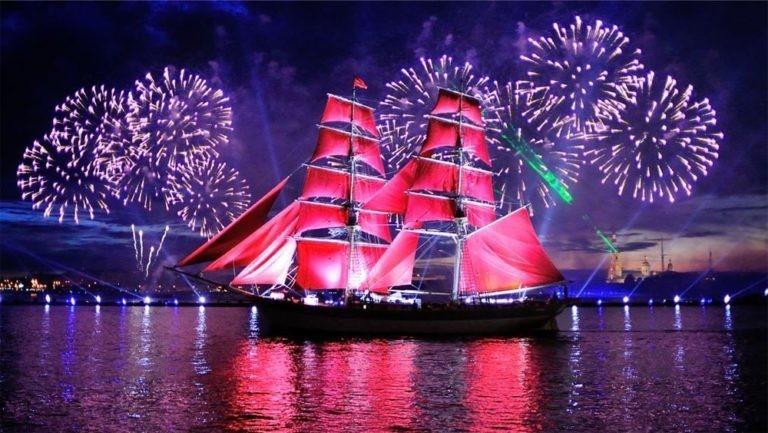 В Санкт-Петербурге готовятся к романтическому празднику «Алые паруса»