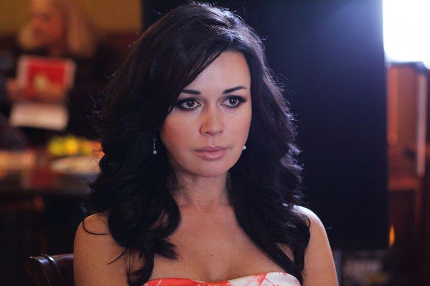 Что сейчас со звездой «Моей прекрасной няни» Анастасией Заворотнюк