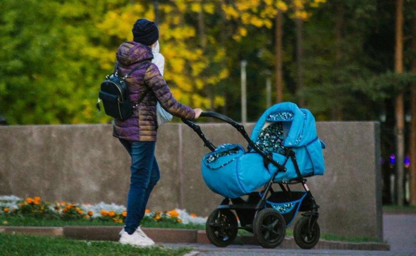 Какие льготы и пособия положены матерям-одиночкам в 2021 году