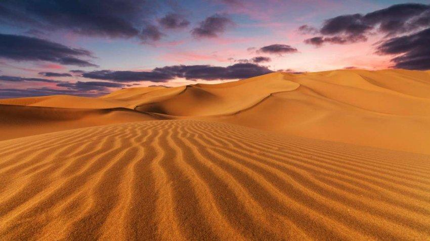 «Забытые» пирамиды Судана рискуют быть похороненными из-за движущихся песчаных дюн