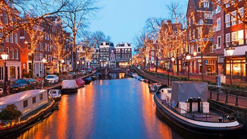Амстердам создает модель того, как должен выглядеть туризм после COVID