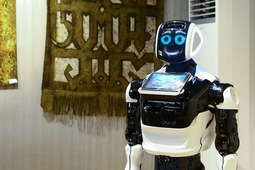 В Российских музеях появятся человекоподобные роботы-экскурсоводы